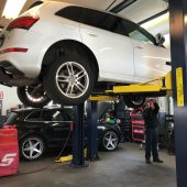 Signs Your Vehicle Requires Alignment